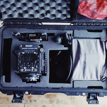 Rent RED DSMC2 Carbon Fiber Helium 8K 60fps S35 Package with Batteries, Charger, MiniMags, etc.