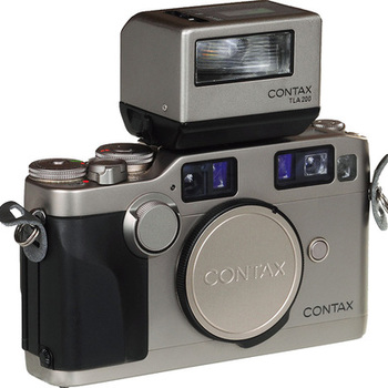 Rent Contax G2 Camera with Flash/Lens