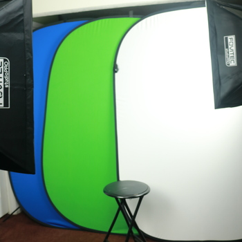 Rent Green Screen Collapsible Backdrop