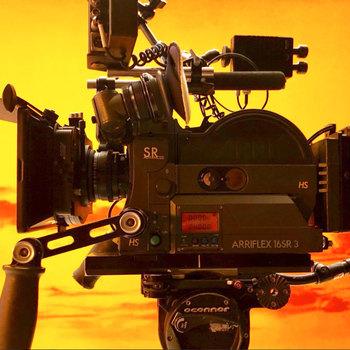 Rent Arriflex sr3 film camera with uniq vintage lenses set !