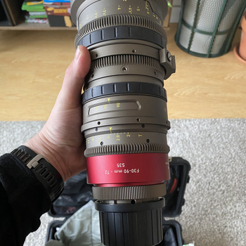 Rent Angenieux EZ1 30-90