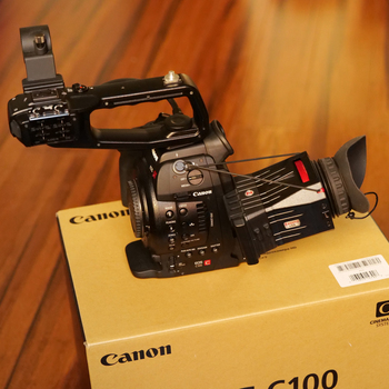 Rent Canon c100 cinema camera with extra batteries + Zacuto Z-Finder + monopod + SD card