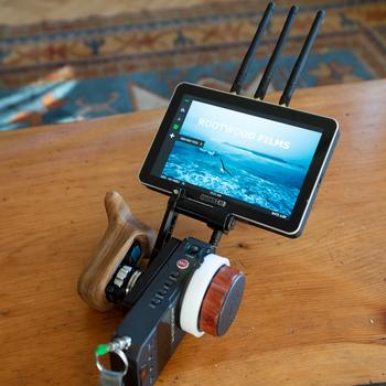 Rent Teradek Bolt 500 XT (RX+TX) + x2 SmallHD Cine7 RX 500 Wireless Video Kit