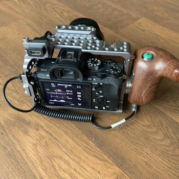 Rent Sony a7s2 with tilta cage