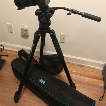 Rent Canon 5D Mark IV with Canon LOG + Lens + Tripod