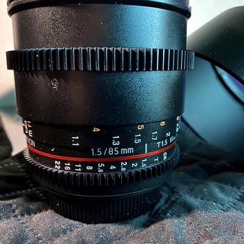 Rent Rokinon Cine DS Lens 85mm T1.5