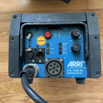 Rent ARRI Compact 1200W + 200W ARRISUN HMI Pocket