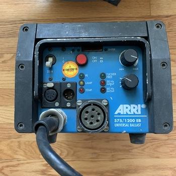 Rent ARRI Compact HMI Fresnel 1200W