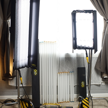 Rent Kino Flo 2 light kit. Includes a 4 foot 4 bank and a 2 foot 4 bank light.