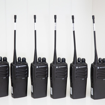 Rent Motorola Walkie Talkie Two Way Radios - Set of 6