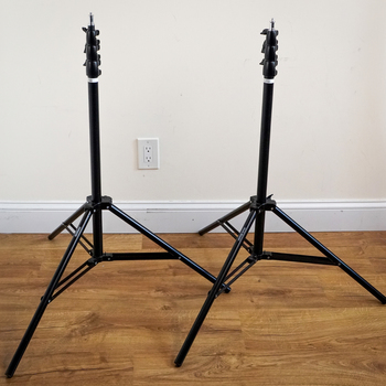 Rent (2x) Studio Essentials Premium Light Stands (8.6')
