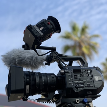 Rent Sony FS7 body, with Sony E PZ 18-110mm Lens or Metabones Adapter for EF