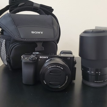 Rent Sony Alpha a6100 4K camera with a 15-50mm lense and 55-210mm lense and carrying case
