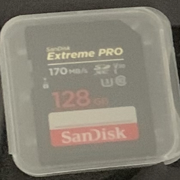 Rent San Disk Extreme Pro 128 GB 170MB for 360 4K video recording