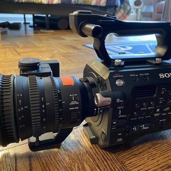 Rent SONY FS7 MK II w 18-110mm F4