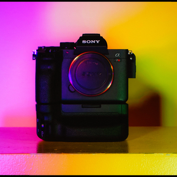 Rent Sony A7R IV Camera With Sony FE 55mm f/1.8 Ziess Lens