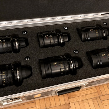 Rent Cooke S4/i Mini Prime Lens set of 6 / Arri mmb-2 matte box