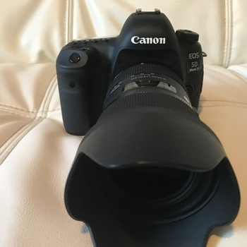 Rent Canon EOS 5D Mark IV with Sigma Lenses