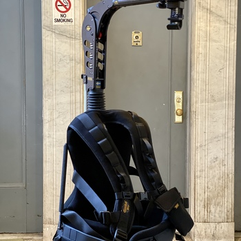 Rent Easyrig Vario 5 + Stabil G2 Arm and Gimbal Vest