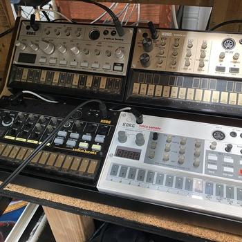 Rent Korg Volca Series Rack (Bass, Beats, Keys, Sample)