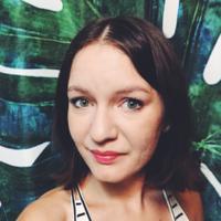 Nicole L Avatar