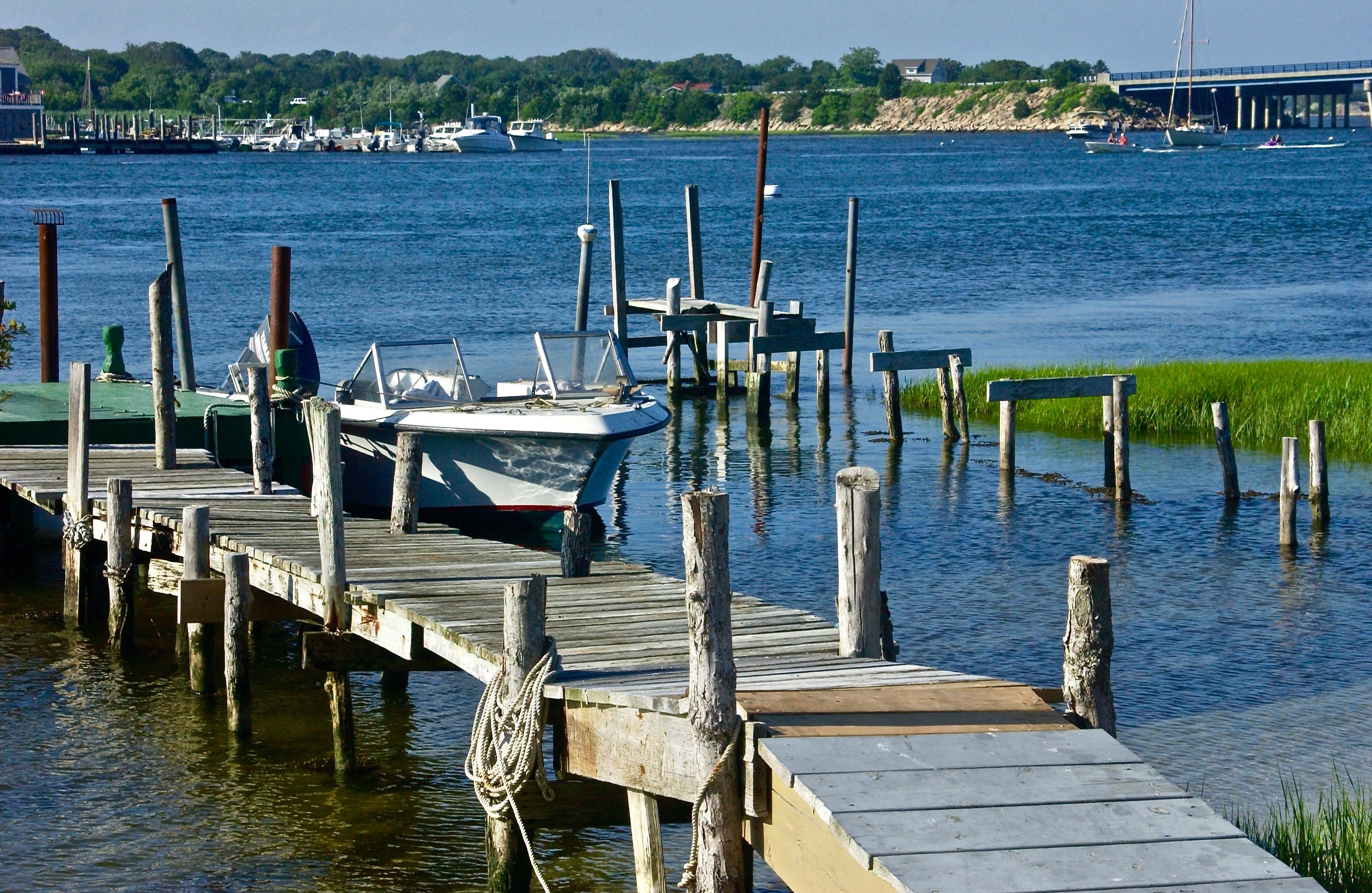 Westport Rivers; Harbor, Waterfront; Westport, Massachusetts, USA