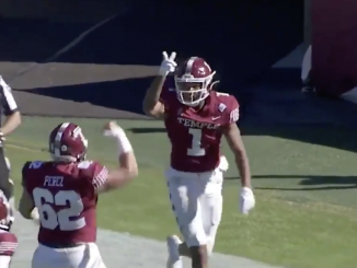 Branden Mack celebrates a Temple touchdown