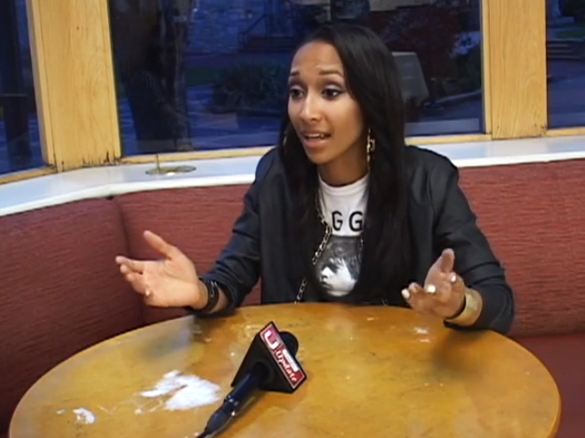 Temple student BriaMarie being interviewed Temple Update