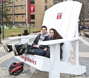 TU Big Chairs are a Hit Again