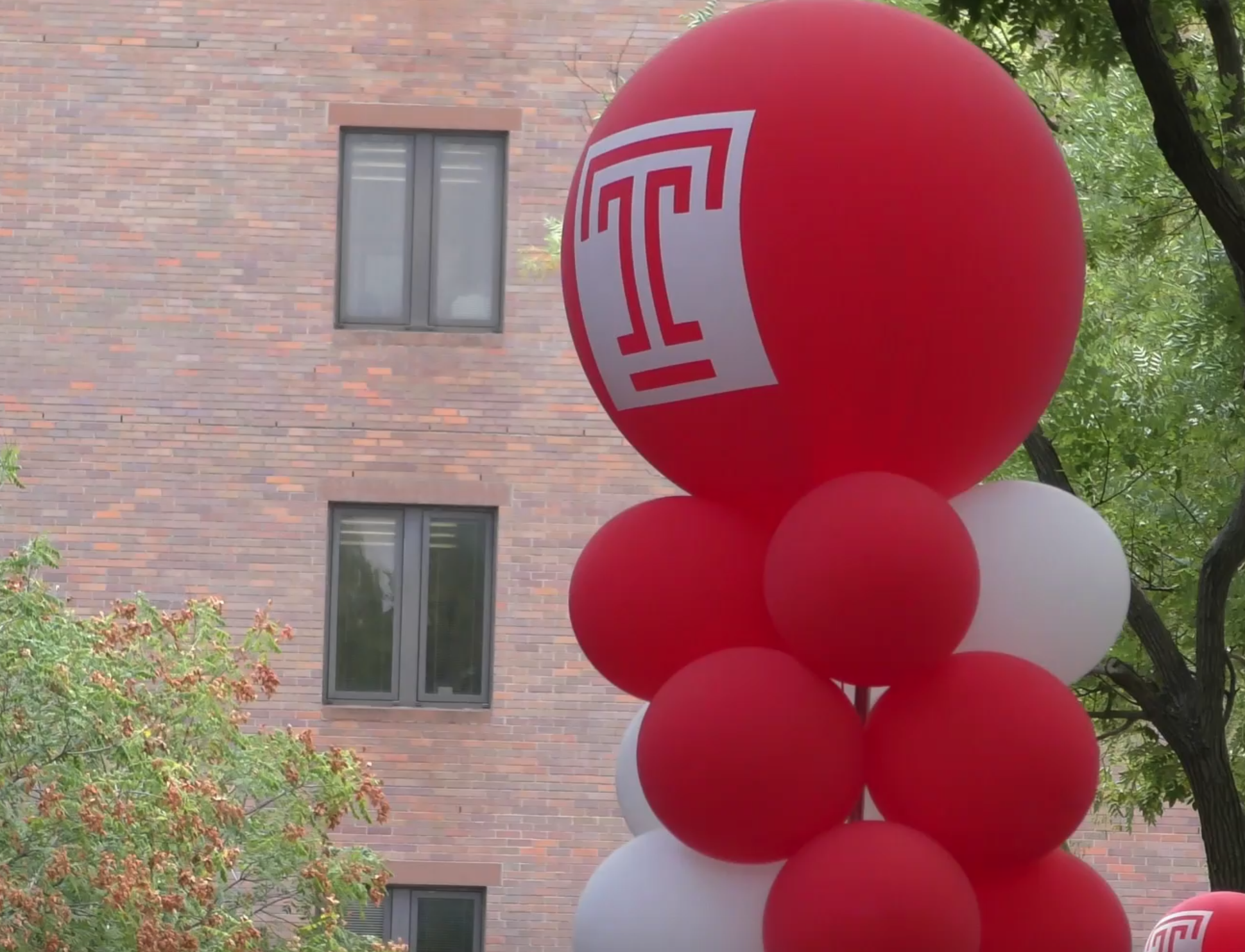 Temple Welcomes Its New Owls