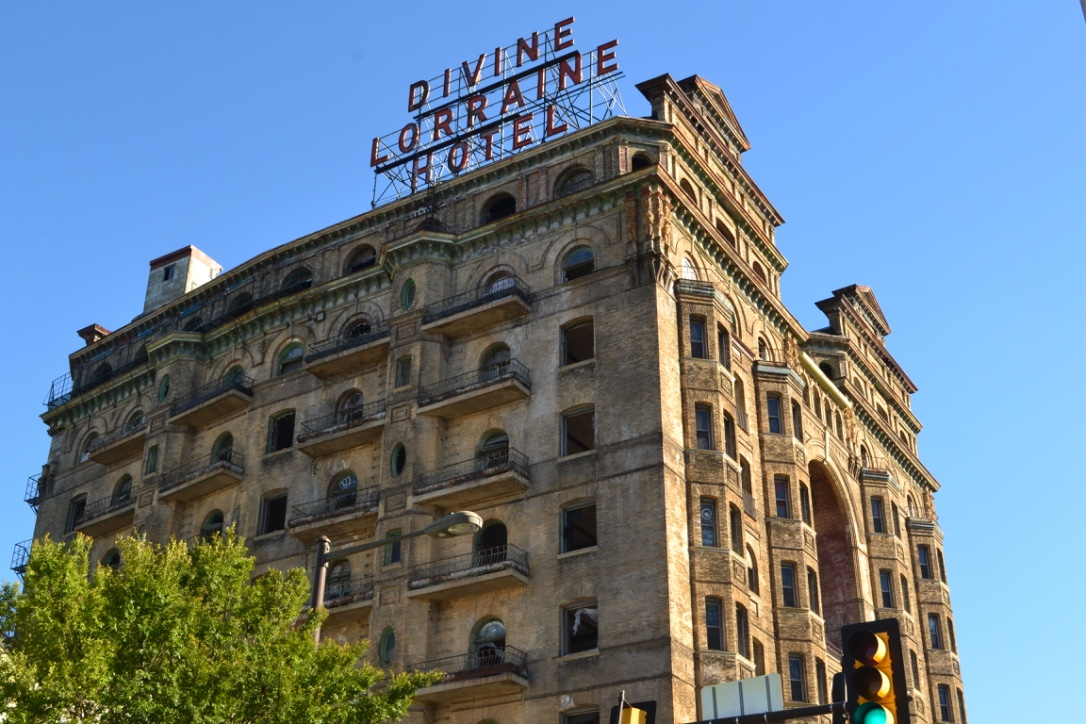 Divine Lorraine Reborn after 16 Years