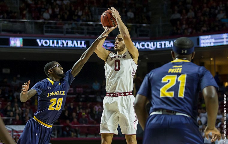 Offense Struggles as New Hampshire Shocks the Owls