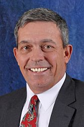 Hurst Re-elected as Farm Bureau President