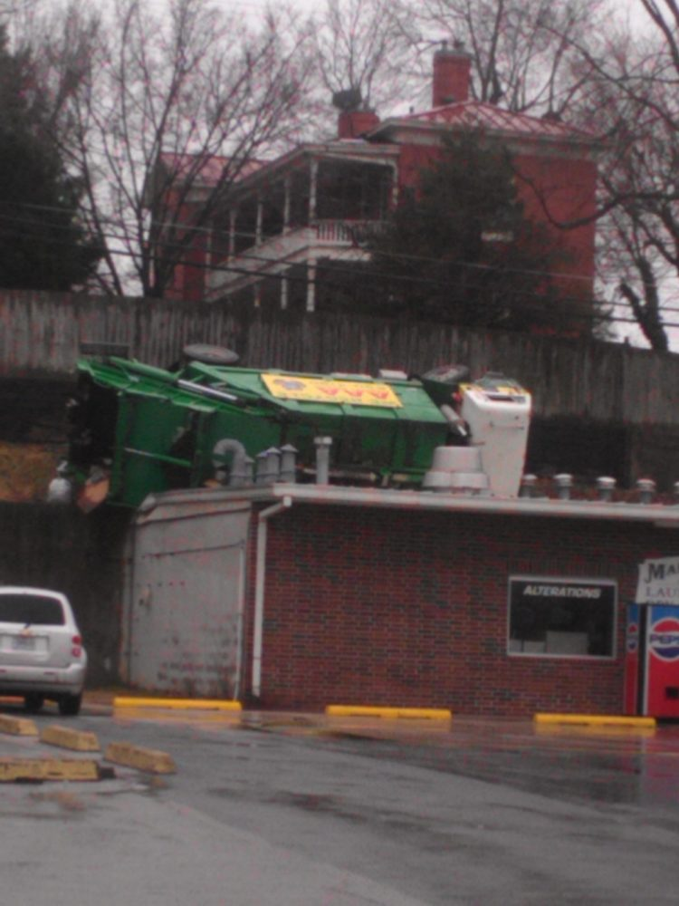 Trash Truck Overturned in Lexington