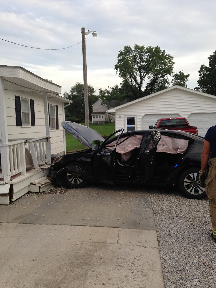 Marshall Accident Injures Man