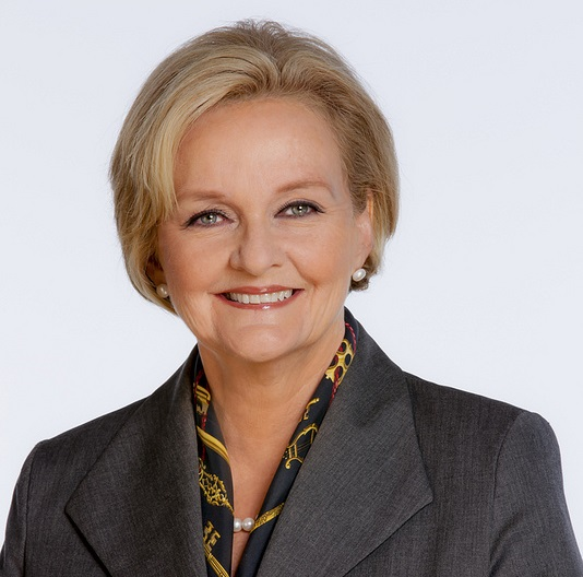 Clair McCaskill to Hold Town Hall in Higginsville
