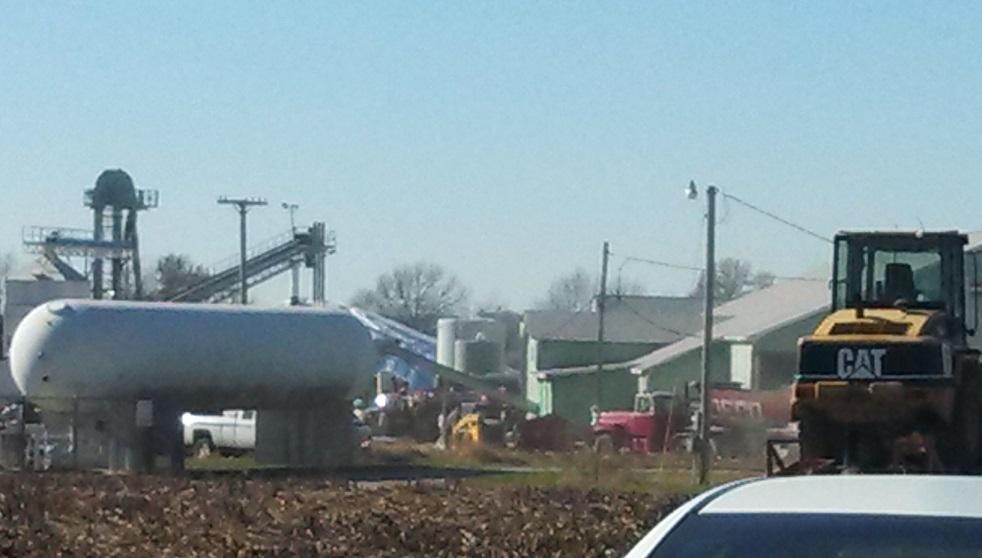 Crews Respond to Higginsville Blaze