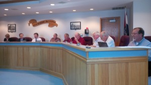 The full council was in attendance for the evening session.