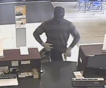 Reported bank robbery at Bank Midwest in Kansas City