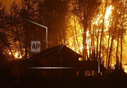 Washington wildfire has killed 3, wounded 3 more