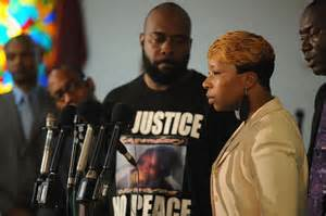 2016 trial set for Brown family's suit against Ferguson