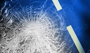 broken-glass-car-crash-e1421097810971