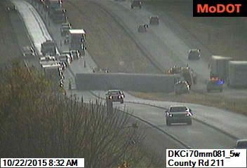 UPDATED – Semi trailer blocking left lane, I-70 west and eastbound, east of Marshall Jnct.