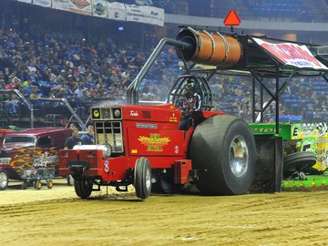 Kemper Arena hosts final truck and tractor pull