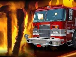 Keytesville structure fire destroys building