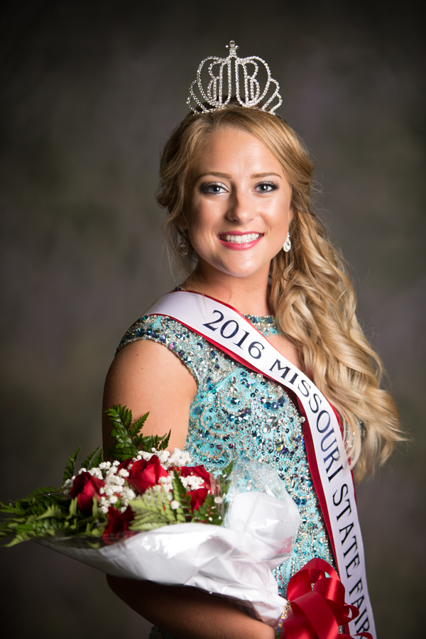 Lani Ogle crowned 2016 Missouri State Fair Queen