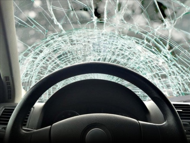 Lathrop driver injured in near head-on collision in Clinton County
