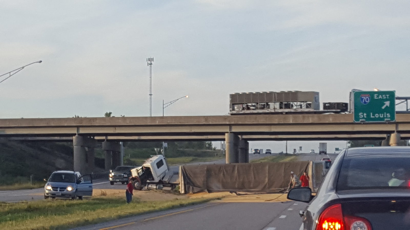 UPDATED – BREAKING – Grain truck overturns and blocks southbound 65 at Marshall Junction