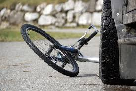 Bicyclist injured in Green County accident