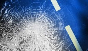 Man moderately injured in Marion County after striking tree